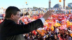 "Davutoğlu: ""AK Parti'nin oyu yüzde 47-50 bandında…"""