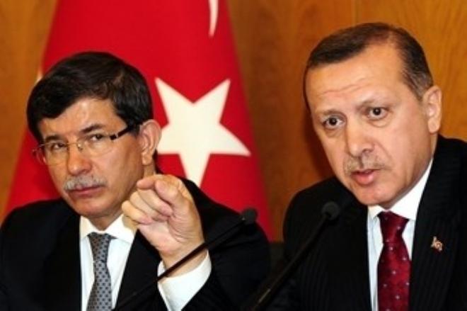 AK Parti Mayıs'ta Kongreye Gidiyor