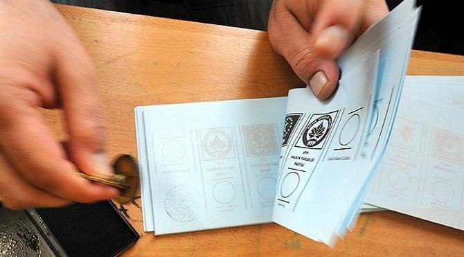 Erken seçimde oy kullanma saatleri belli oldu